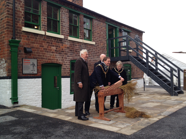 Duncan Wilson, Mayor and Mayoress of Shrewsbury, Councillor Alan Mosley (Friends of the Flaxmill) - symbolic 'cutting of the flax'